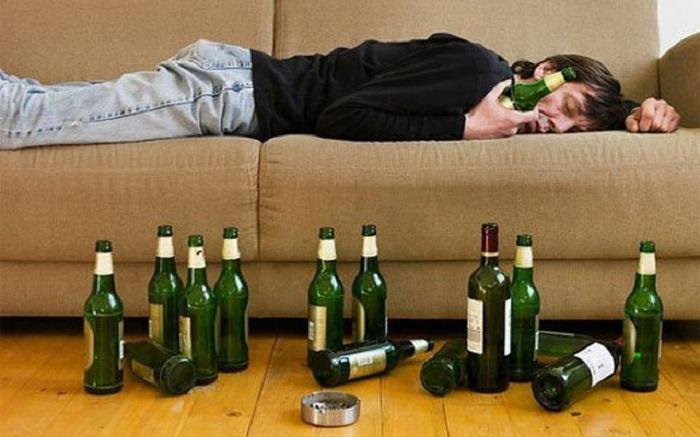 Sử dụng quá nhiều rượu bia