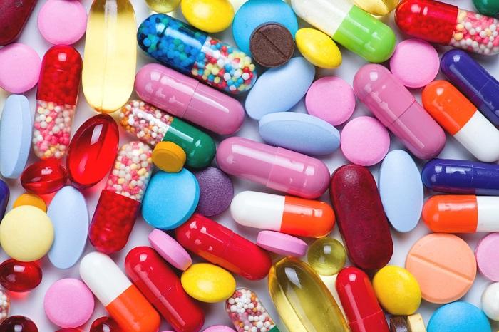 Sử dụng thuốc kháng sinh, chống virus, chống nấm kéo dài