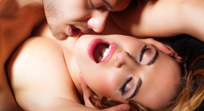 Quan hệ tình dục khi sa sinh dục?