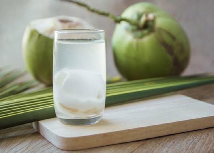 Nước dừa - thức uống vàng cho phụ nữ có thai