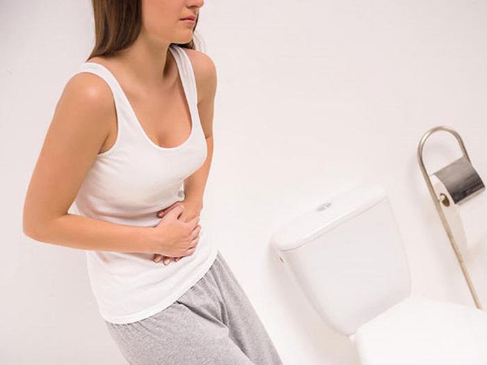 Nhiễm trùng đường tiết niệu có thể gặp ở lẫn nam và nữ