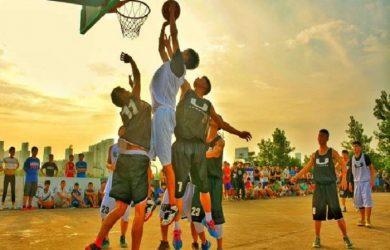 Luyện tập bóng rổ để có một chiều cao lý tưởng